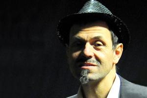 """<a class=""""nameteach"""" href=""""http://www.jazzschooltorino.it/jazz-school-torino-team/giovanni-grimaldi/"""" title=""""Scopri di più"""">Giovanni Grimaldi</a>"""